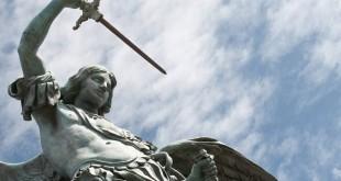 web-saint-michael-archangel-sky-martinidry-shutterstock_35555443[1]