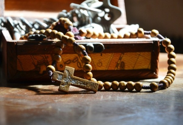 the-rosary-324830_1920